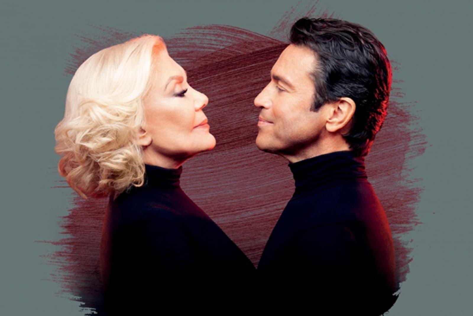 Μαρινέλλα & Μάριος Φραγκούλης στο Christmas Theater