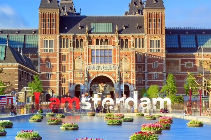 Πρωτομαγιά στο Άμστερνταμ – Τουλίπες και Βαν Γκογκ