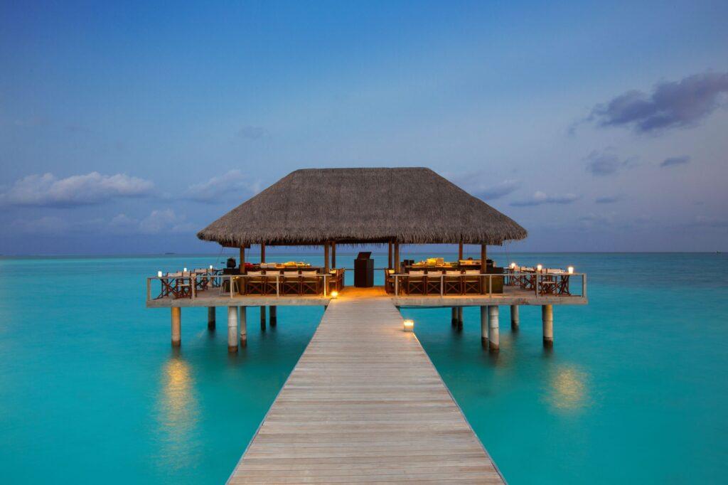 Μαλδίβες, σε ποιο νησί να μείνω- velassaru